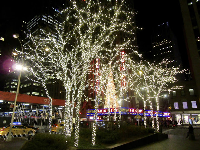Christmas nights in the city the mosbys in china a short walk across the street from the christmas balls finds you at radio city music hall which of course looks better at night solutioingenieria Choice Image