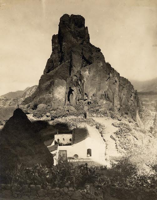 Imagen nº 12612 propiedad de LA FEDAC/CABILDO DE GRAN CANARIA. Realizada entre los años 1925 y 1930 por Teodoro Maisch.