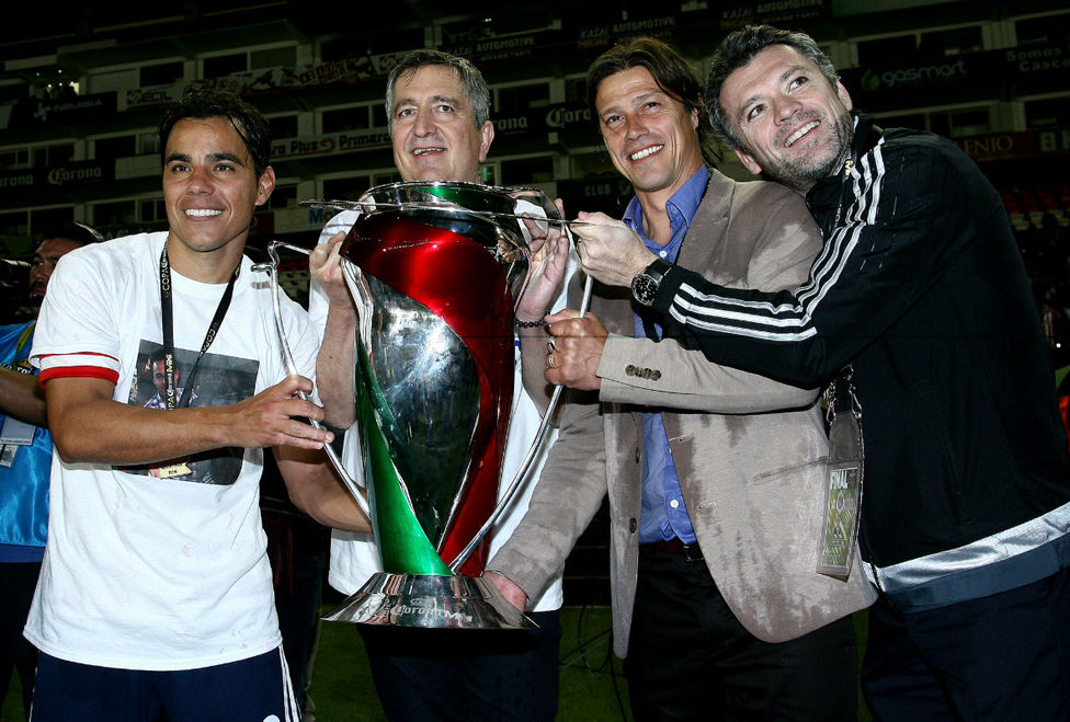 Omar Bravo, Jorge Vergara, Matías Almeyda y José Luis Higuera..