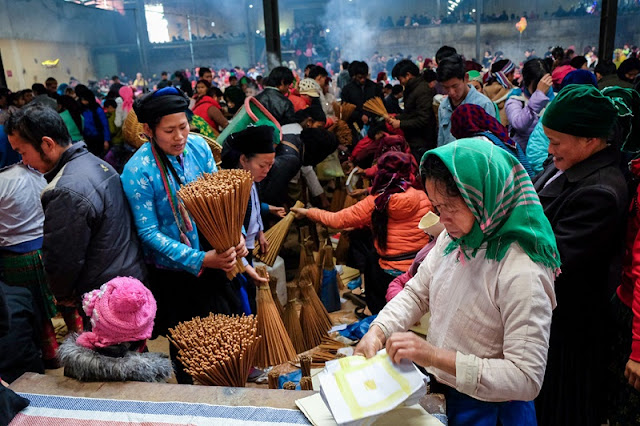 Radiant Spring Market, Ha Giang In The Early Days Of The New Year 13