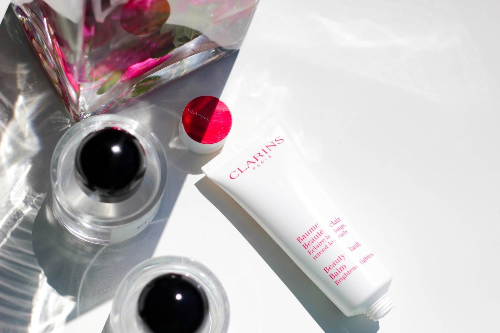 Produkt-Review zum legendären Schönheitsbalsam Beauty Flash Balm / Baume Beauté Eclair von Clarins