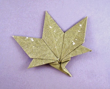 Origami-Herbstblätter | Origami maple leaf, Origami diagrams ... | 364x450