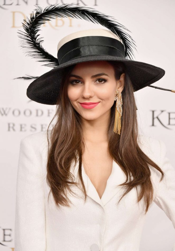 Victoria Justice  Latest Hot Stills