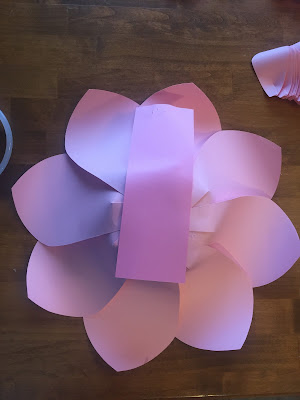 Kate Spade party theme ideas. Kate Spade bridal shower decorations. paper flowers