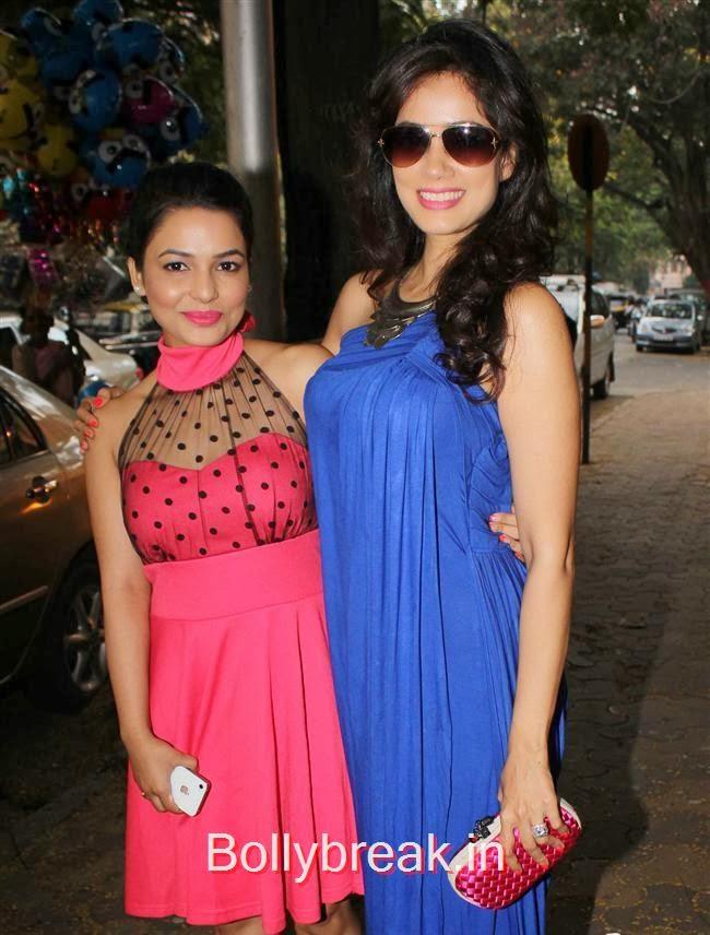 Chitrashi Rawat and Vidya Malvade, Mugdha Godse at Fiona Jewels Store Launch
