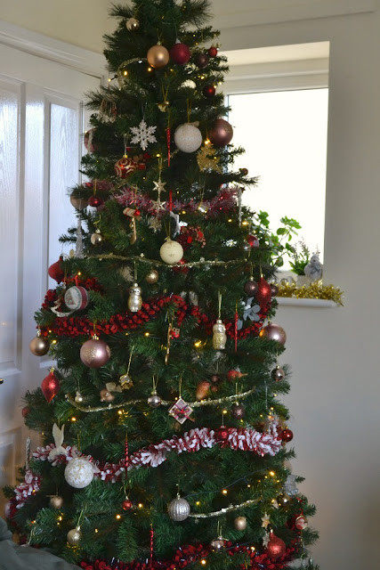 red and gold Xmas tree