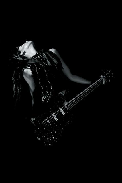 Anna-Christina from Lilygun - Inside Music Video shoot
