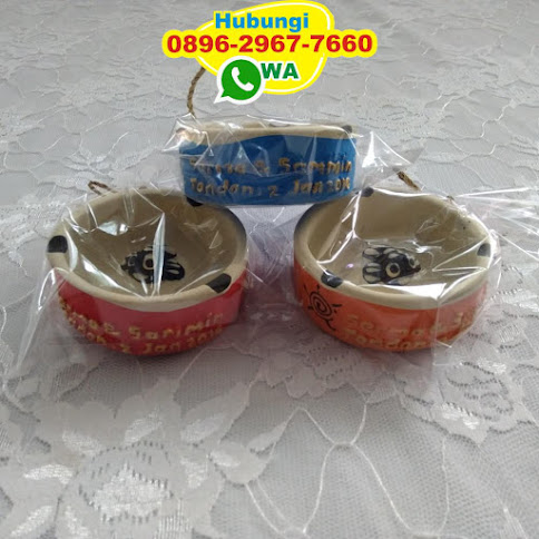 produsen Souvenir asbak harga grosir 51699