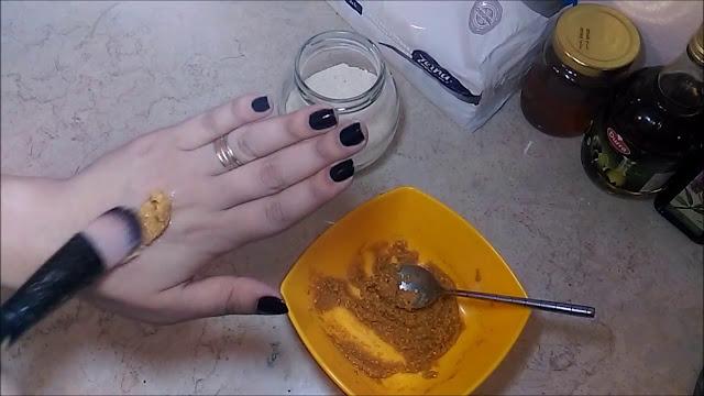 بمكونات بسيطة جدا حصلت على أقوى مبيض للبشرة ولا داعي لاستعمال كريمات التفتيح بعد الآن