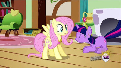 Twilight and Fluttershy in 'Shy's cottage
