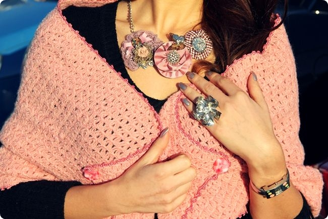 how to wear flower jewelry ideas