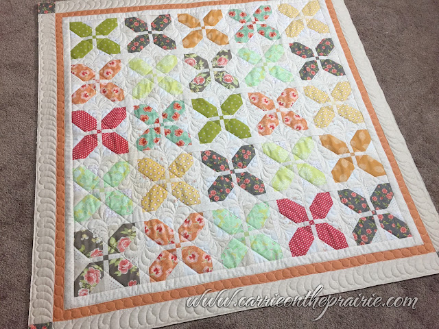 http://carrieontheprairie.blogspot.ca/2016/12/another-elegant-quilt-from-trish.html