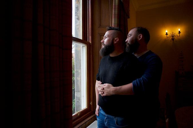 Mudança cultural faz Escócia eleger o 'Parlamento mais gay do mundo'