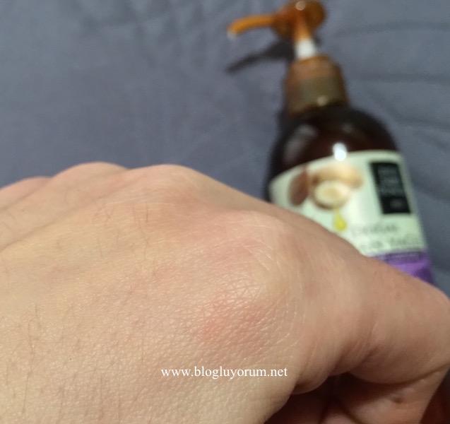eyüp sabri tuncer doğal argan yağlı el ve vücut losyonu swatch