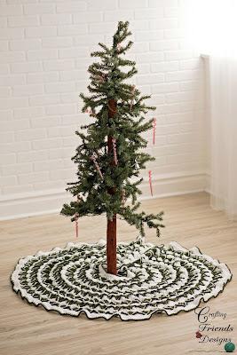 Christmas Pine Tree Skirt