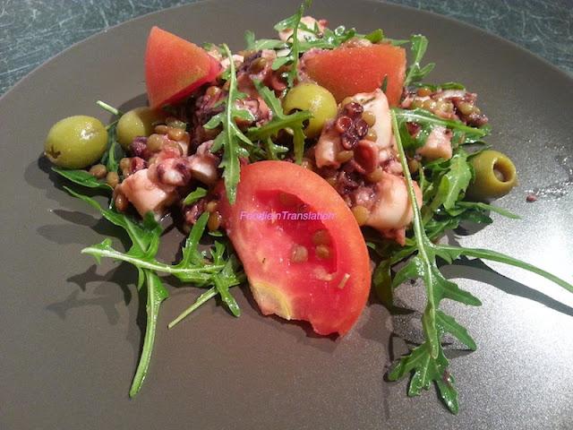 Insalatona estiva: rucola, polpo e pomodori