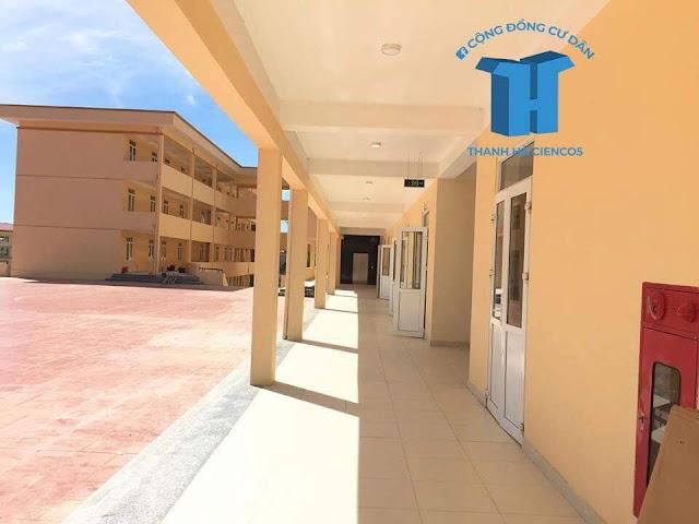 Hành lang khuân viên trường liên cấp Tuệ Đức Thanh Hà