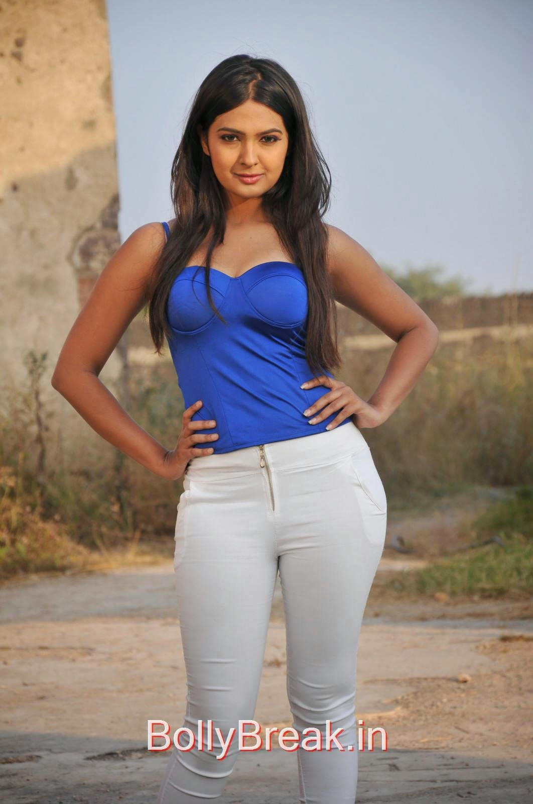 Neha Deshpande Pictures, Neha Deshpande Hot Pics in blue Top, Tight Jeans from The Bells Movie