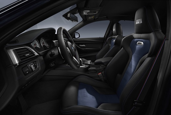 interior BMW M3 30 Years