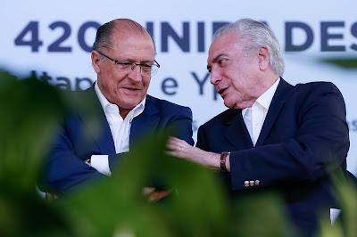 Temer e Alckmin combinado tirar direitos do povo Alckmin defende que tucanos votem a favor da reforma da Previdência