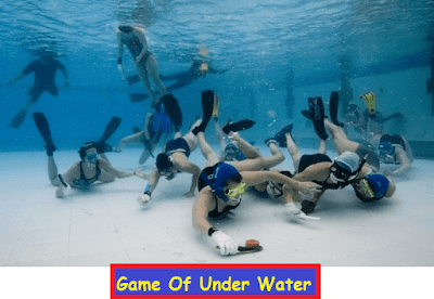 game-of-under-water-hockey