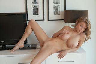 Amateur Porn - Viola%2BBailey-S01-051.jpg