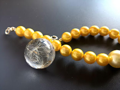 bransoletka perły i żywica