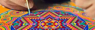 Des représentations structurées selon une double symétrie (carré, cercle) peuvent apparaître dans les rêves, fantasmes, dessins etc. Il s'agit de mandalas spontanés qui, selon Carl Gustav Jung, représentent le soi, archétype de la totalité psychique. Pour le psychanalyste, le mandala a pour fonction d'attirer intuitivement l'attention sur certains éléments spirituels, par la contemplation et la concentration. Jung pense que l'inconscient tourmenté peut générer spontanément des mandalas. Ces derniers symbolisent la descente et le mouvement de la psyché vers le noyau spirituel de l'être, vers le Soi, aboutissant à la réconciliation intérieure et à une nouvelle intégrité de l'être.