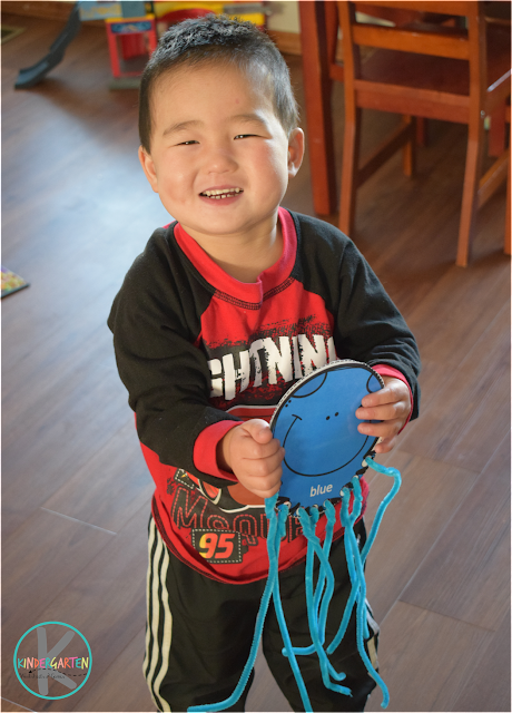 super cute color matching octopus craft for toddlers, preschoolers, and kindergartners