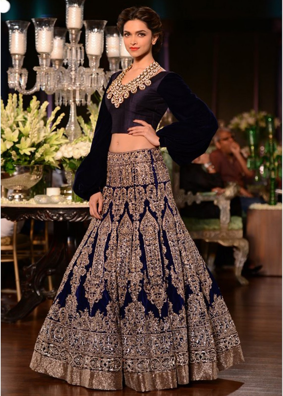 Fashion Designer Outfits Manish Malhotra S Collection At Delhi Couture Week 2013