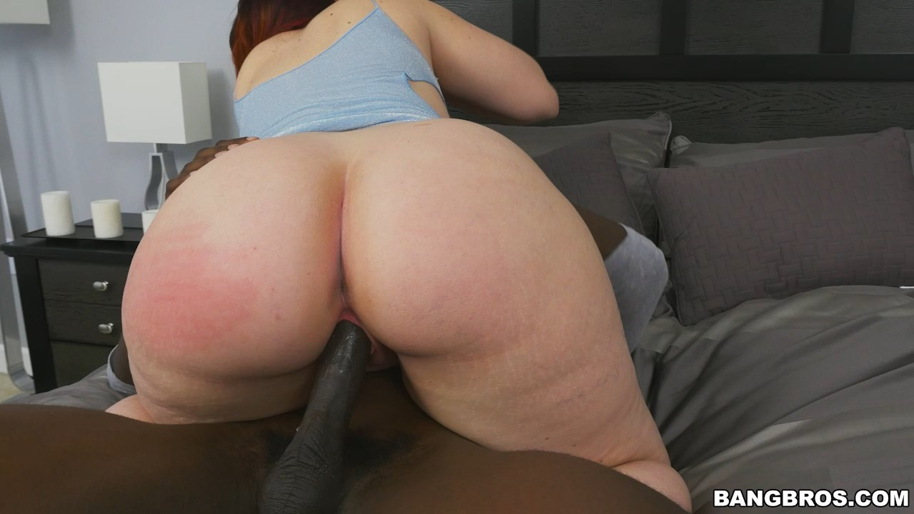 Bouncing and twerking fat black ass preview 9