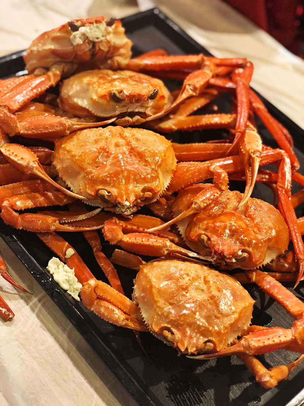 Daege Jaldoneneun Jib (All You Can Eat Crabs) - Why Seoul is a Perfect City to go for a Girl's Trip