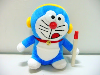 Gambar boneka doraemon cute