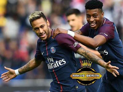 Presnel Kimpembe Bersama Dengan Neymar