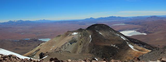 Las vistas desde la cumbre del volcán Uturuncu