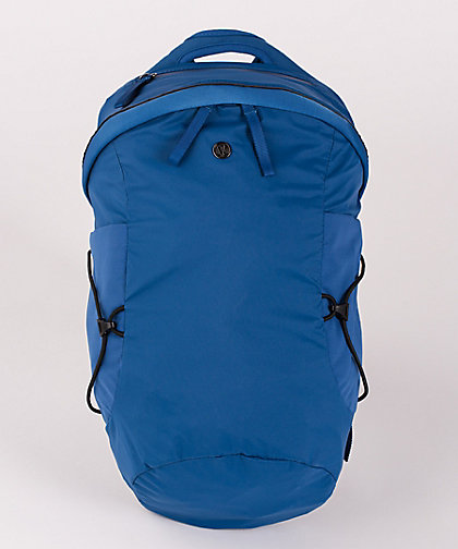 lululemon run-all-day-backpack royal