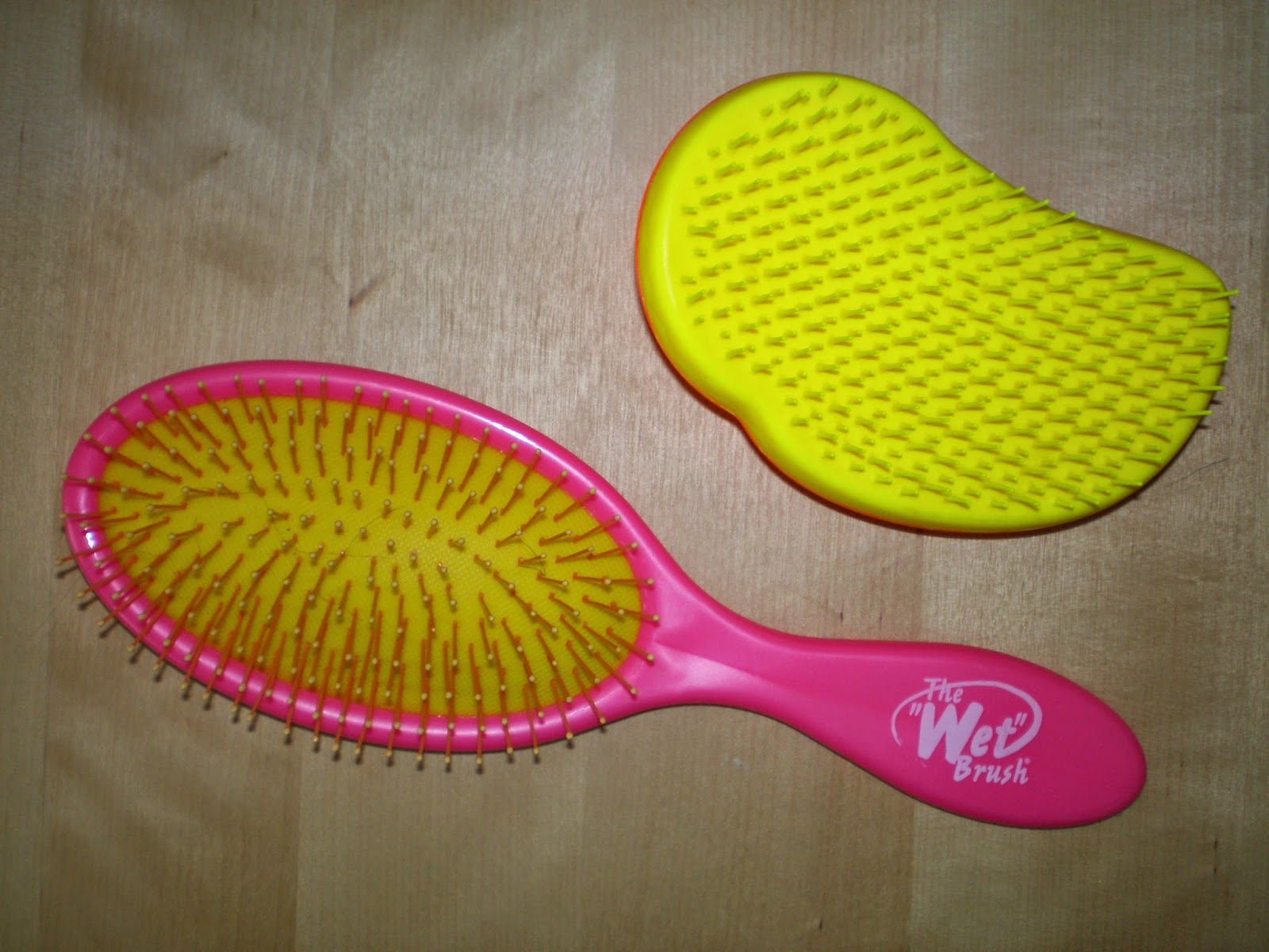 "Tangle Teeze and The ""Wet"" Brush"