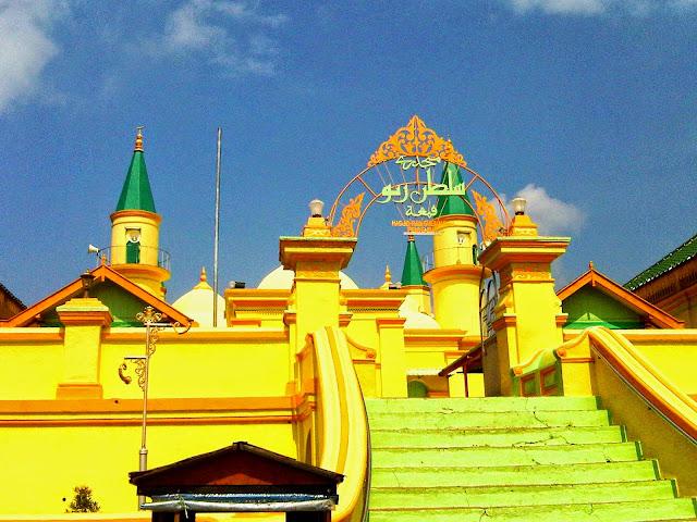 Mesjid Pulau Penyengat Tanjung Pinang
