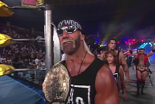 WCW WORLD WAR 3 1996 - Hulk Hogan signed a contract to face Roddy Piper at Starrcade 1996