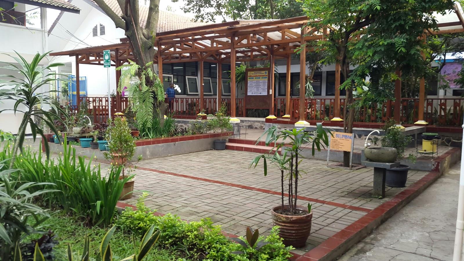 Desain Taman Minimalis Di Sekolah Arsitekhom