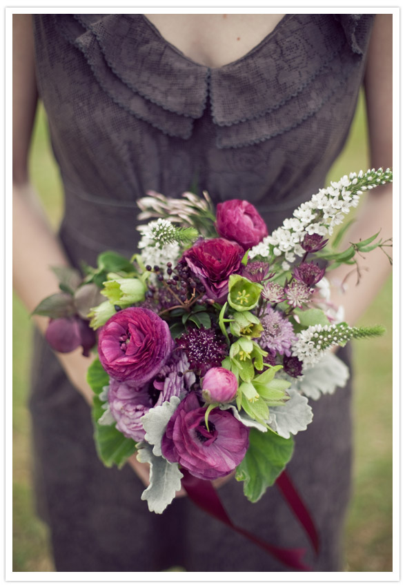 Life of a Vintage Lover: Vintage Plum & Gold Wedding