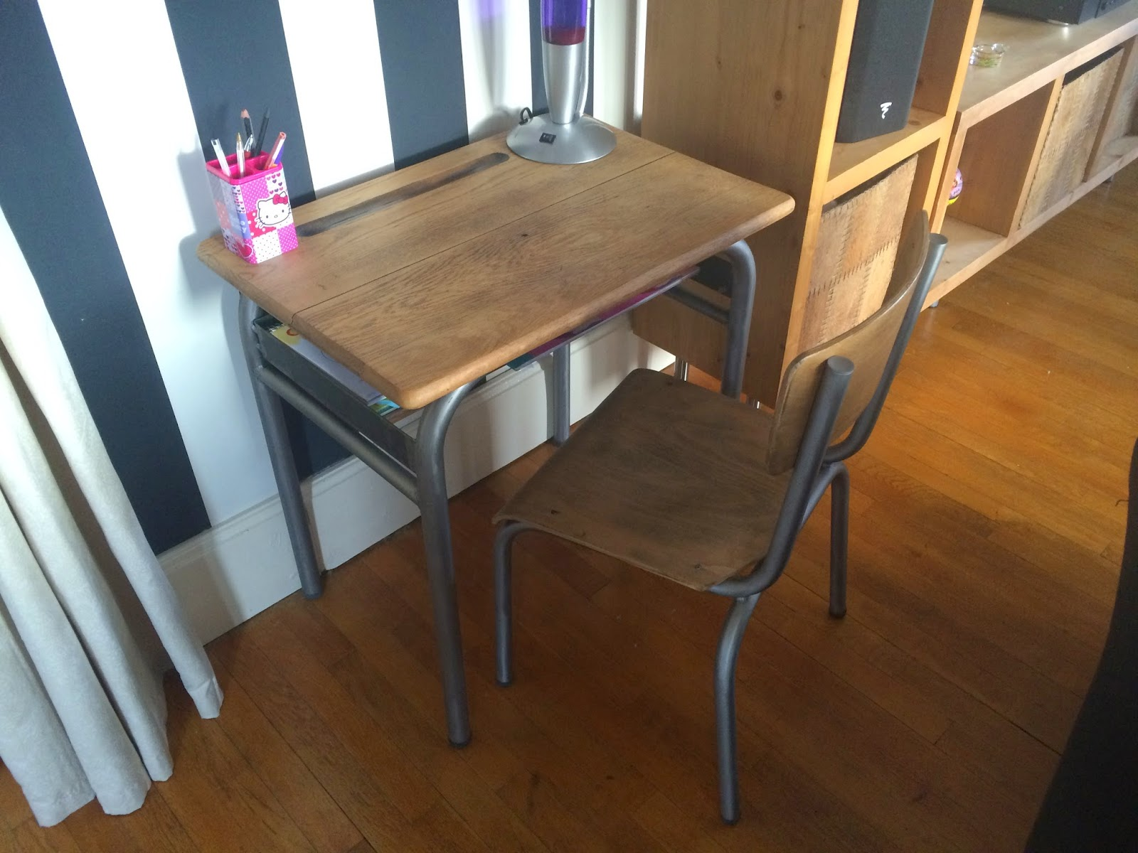 johndoemotorcycles table d 39 colier la suite. Black Bedroom Furniture Sets. Home Design Ideas