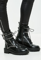https://www.missguidedfr.fr/bottines-plates-noires-cloutees-10063526