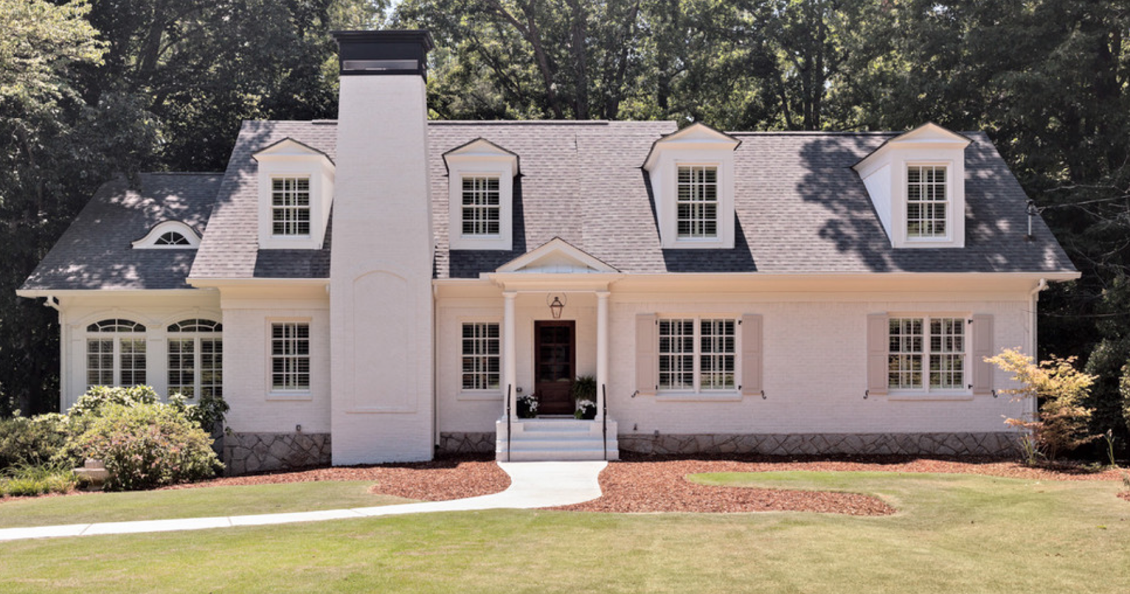 white brick painting atlanta new york ranch eyebrow roof