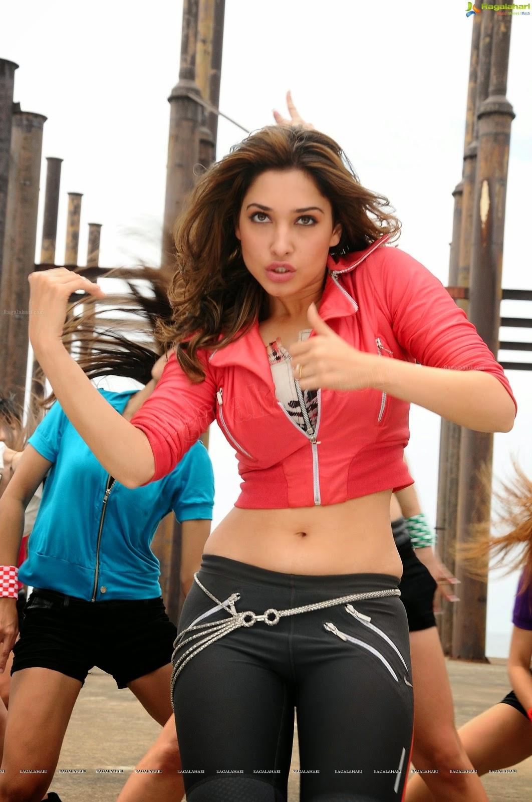 Tamannah bhatia hot thighs show in romance dance - 2 5