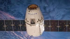 Óvnis aparecem quando Nasa lançam o Satélite SpaceX