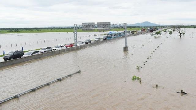Fahri Hamzah: Jangan-jangan Tol Trans Jawa Banjir karena Dikebut