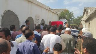 بالصور : جنازة عسكرية لشهيد مدينة العريش بمسقط راسة محي بيك بكفرالشيخ