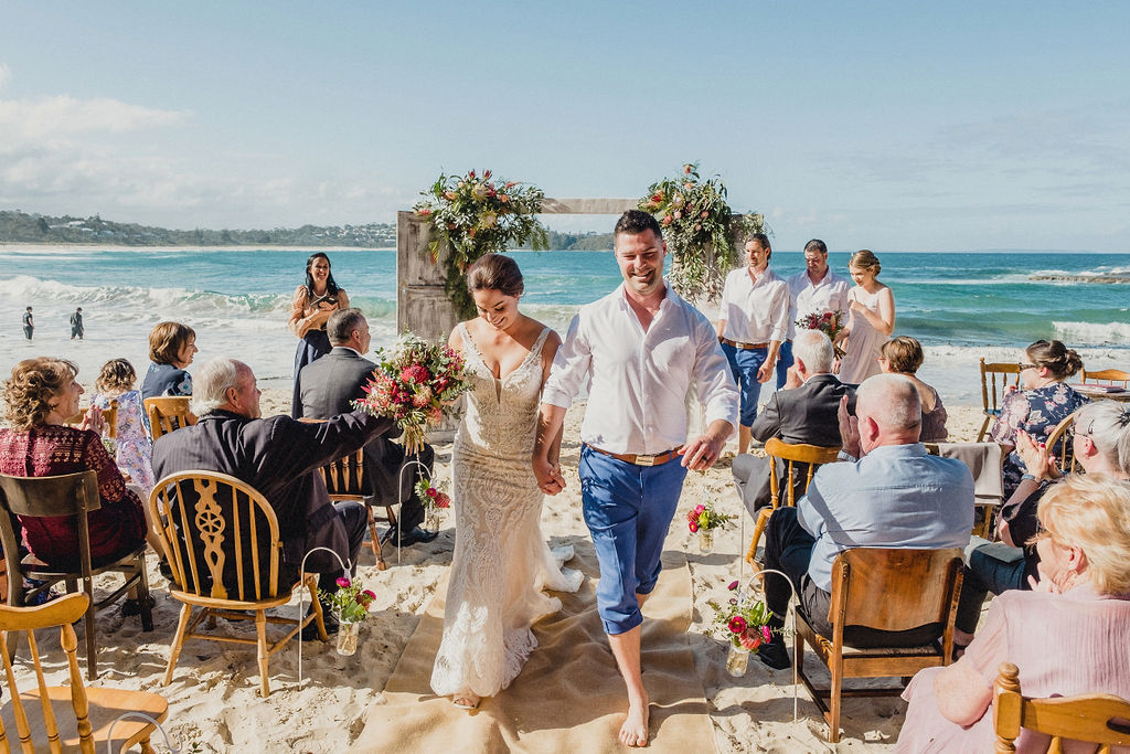 TERESA AND SHANE   ECLECTIC BEACH WEDDING MOLLYMOOK