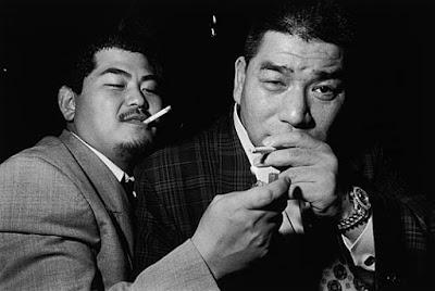 Miembros Yakuza - mafia japonesa